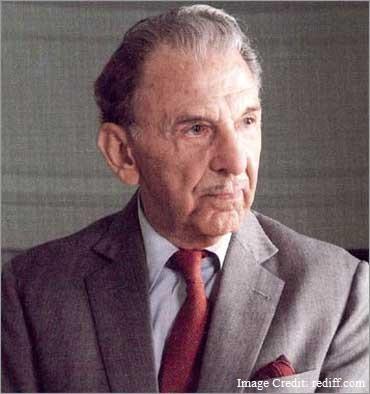 जहाँगीर रतन जी दादाभाई टाटा