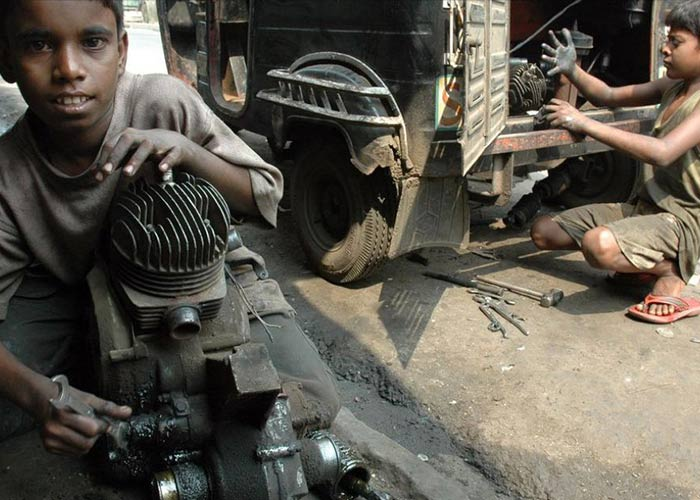 essay on child labour in india for class 10 It is sad that for a long time child-labor has been in vogue in india a short article about child labor in india labor in india short essay on child labor.