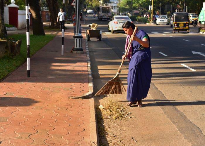 स्वच्छ भारत अभियान पर निबंध-Swachh Bharat Abhiyan Essay In Hindi